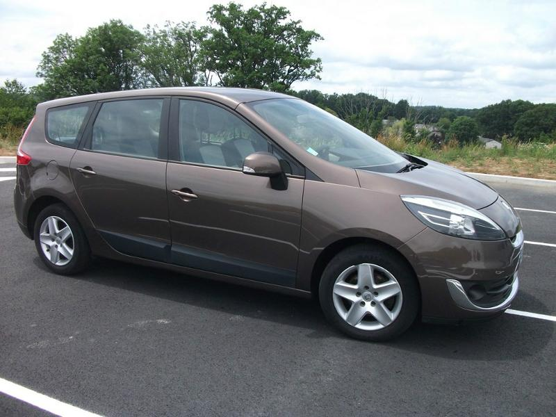 RENAULT Grand Scenic 1.6 dCi 130ch energy Dynamique eco² 7 places