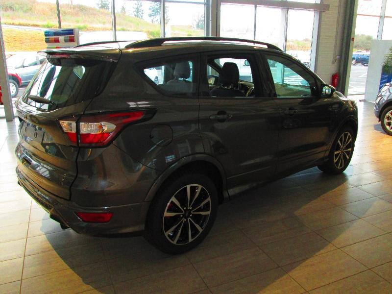 FORD Kuga 1.5 TDCi 120ch Stop&Start ST-Line 4×2